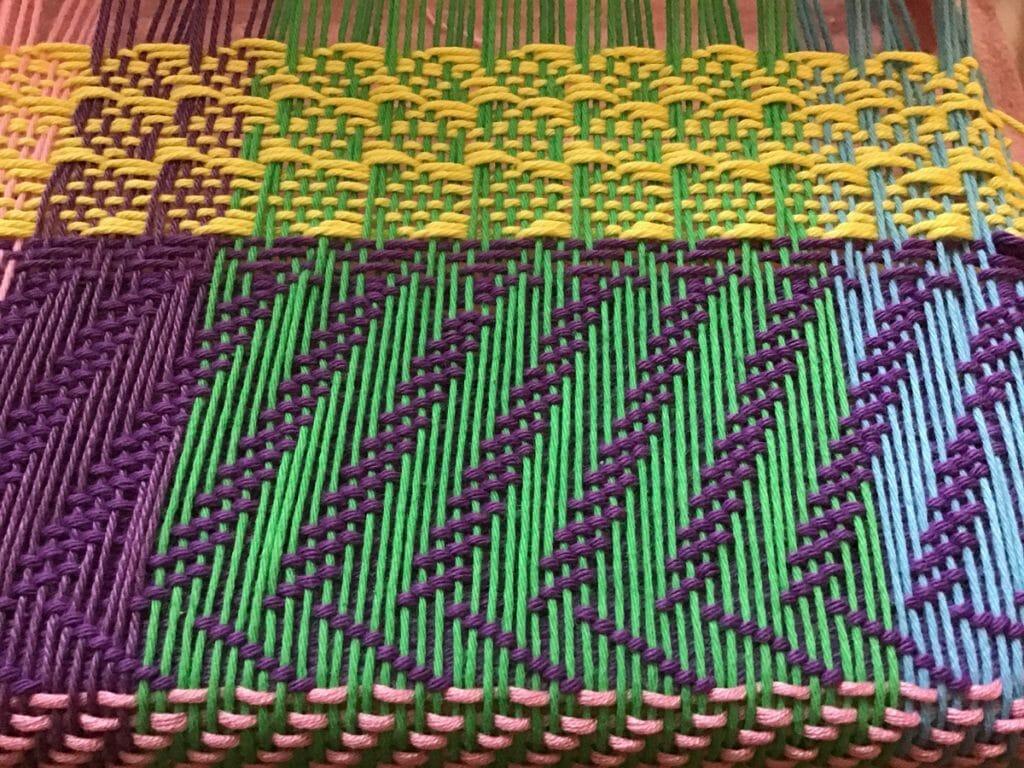 Karin Waldner.nl weven-weben-weaving 8 schachten karin weeft